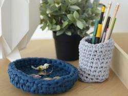 Acheter Grande bobine de fil trapilho - Larges rayures bleues et beiges - 7,90€ en ligne sur La Petite Epicerie - Loisirs cr...