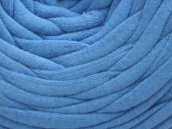 Acheter Grande bobine de fil trapilho - bleu de France - 7,90€ en ligne sur La Petite Epicerie - Loisirs créatifs