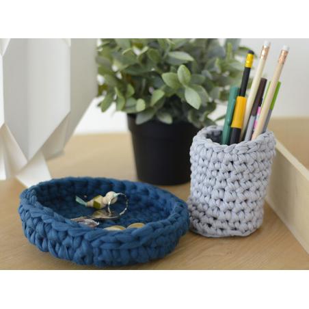 Acheter Grande bobine de fil trapilho - bleu clair avec alvéoles - 7,90€ en ligne sur La Petite Epicerie - Loisirs créatifs