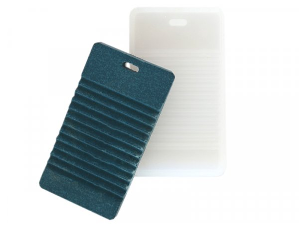 Acheter Moule en silicone - Porte-clés, étiquette de voyage, mini planche à laver - 0,99€ en ligne sur La Petite Epicerie - ...