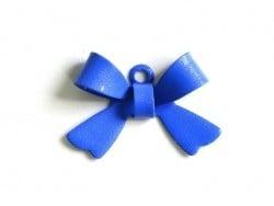 1 Breloque noeud bleu