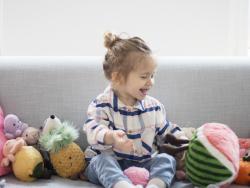 Acheter Peluche / doudou - grosse pastèque - 31,99€ en ligne sur La Petite Epicerie - Loisirs créatifs