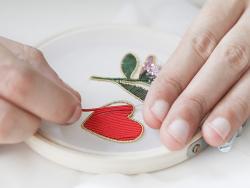 Acheter Cannetille lisse 40 cm – Marron brillant - 0,49€ en ligne sur La Petite Epicerie - Loisirs créatifs
