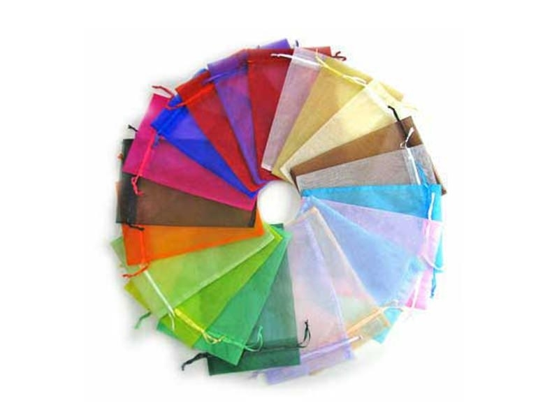 100 organza bags in different colours