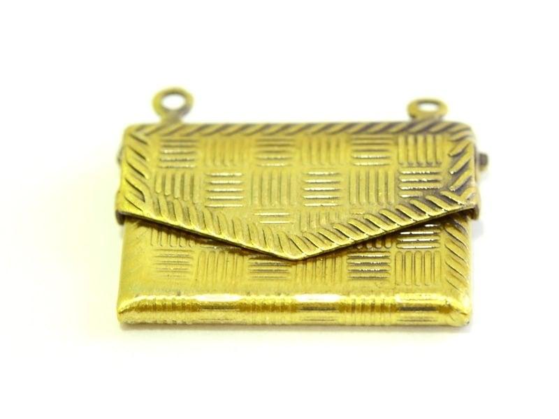 1 patterned envelope charm - bronze-coloured