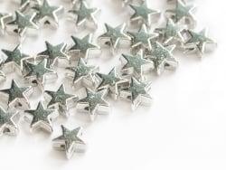Acheter 50 petites perles en plastique - étoiles argentées - 3,99€ en ligne sur La Petite Epicerie - Loisirs créatifs