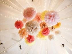 Pompon aus Seidenpapier (20 cm) - korallenrot