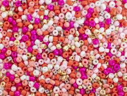 Acheter Pot de 60 grammes de perles de rocailles 3mm - girl power - 3,99€ en ligne sur La Petite Epicerie - Loisirs créatifs