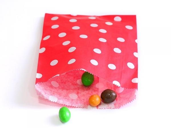 25 sacs en papier - rouge à pois blancs