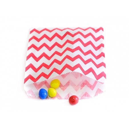 25 paper bags - red zig-zag pattern