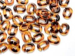 Acheter 50 mini maillons en plastique 9 x 6 mm - à connecter pour création de chaîne - marron style acétate - 1,99€ en ligne...