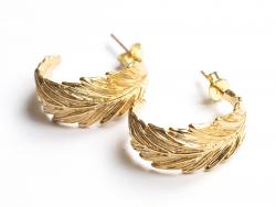 Acheter Paire de boucles d'oreilles - feuille - doré à l'or fin 18K - 24 mm - 7,29€ en ligne sur La Petite Epicerie - Loisir...