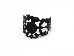 1 black openwork ring blank