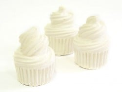 Paintable plaster cast - Cupcake
