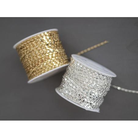 Acheter Chaine lien rectangle - laiton doré à l'or fin 18K - qualité premium - 3,29€ en ligne sur La Petite Epicerie - Loisi...