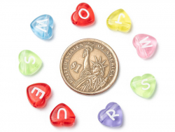 Acheter 200 perles cœur en plastique - lettres alphabet - 11 mm - 7,99€ en ligne sur La Petite Epicerie - Loisirs créatifs