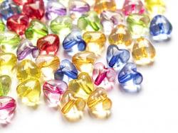 Acheter 50 perles en plastique coeur - inclusion multicolore - 10 mm - 3,49€ en ligne sur La Petite Epicerie - Loisirs créatifs