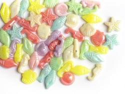 Acheter 50 perles en plastique - thème mer - couleurs nacrées - 1,19€ en ligne sur La Petite Epicerie - Loisirs créatifs