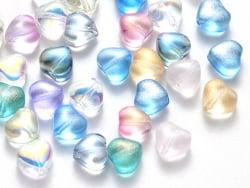 Acheter 20 perles en verre - petits coeurs couleur variées - 6 mm - 3,49€ en ligne sur La Petite Epicerie - Loisirs créatifs