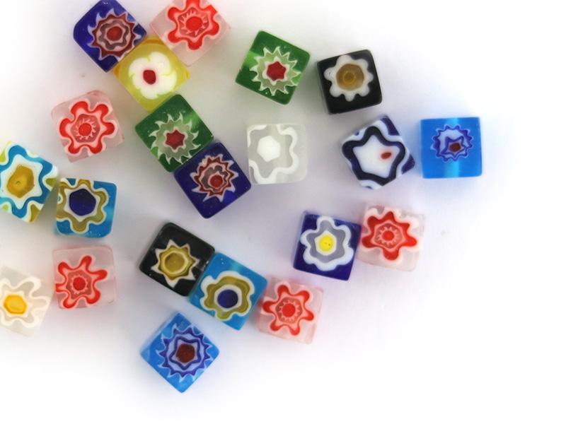 Acheter 20 perles millefiori en verre - cube - 6 mm - 3,99€ en ligne sur La Petite Epicerie - Loisirs créatifs