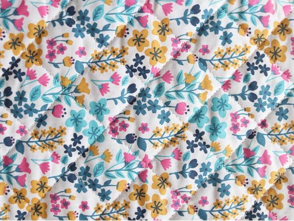 Acheter Tissu matelassé – Milly / Turquoise, bégonia - 1,90€ en ligne sur La Petite Epicerie - Loisirs créatifs