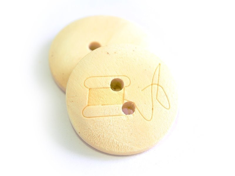 Wooden button (20 mm) - Bobbin