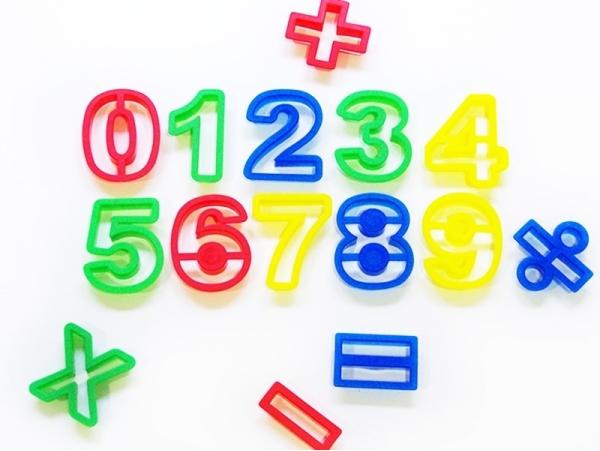 15 emporte-pièces chiffres
