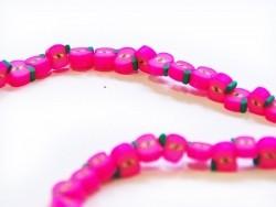 20 perles pommes rose fluo