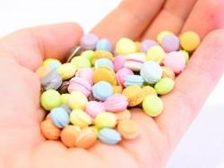 1 Minimakrone - schokoladenfarben