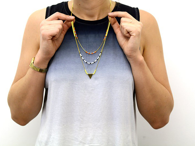 Le collier ethnique multi-rangs